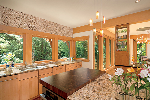Picture of kitchen with tripane windows