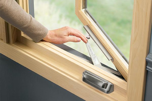 Window installation with tilt turn windows