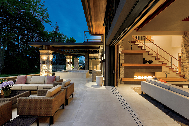 Connecting Indoor and Outdoor Spaces